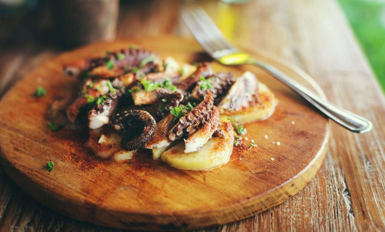 Best Recipe for Boiling a Whole Octopus