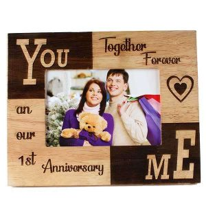 Get An First Anniversary Gift For Women